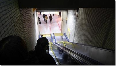 地下鉄エスカレーター